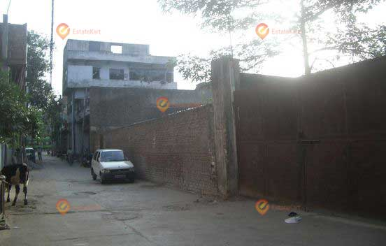 550 Sq Yards Plot For Sale in Mehrauli
